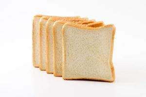 食パンはコスパ高い